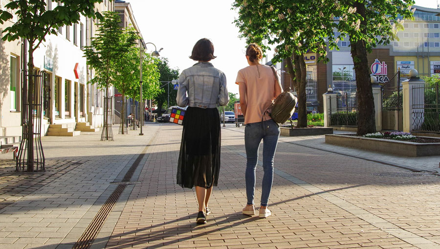 Top tips for walking meetings